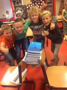 Papieren brug brede school Stichting Martinus